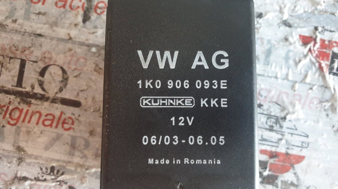 Releu pompa combustibil original Audi A3 8P Hatchback cod piesa : 1K0906093E