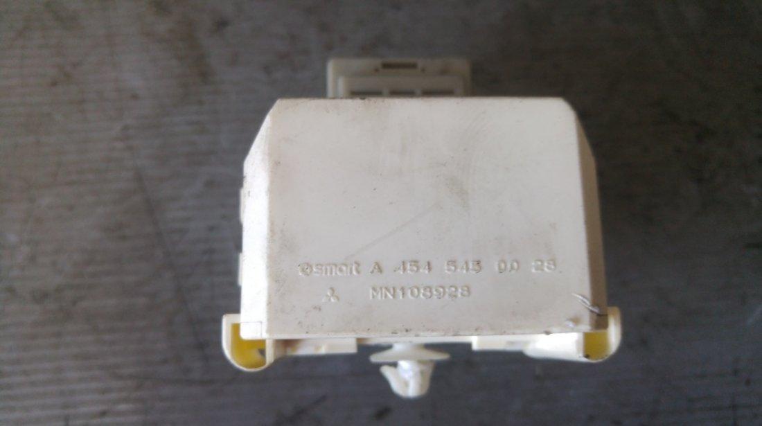 Releu tablou sigurante smart forfour 1.5 di-d 2004-2006 a4545450028 mn108928