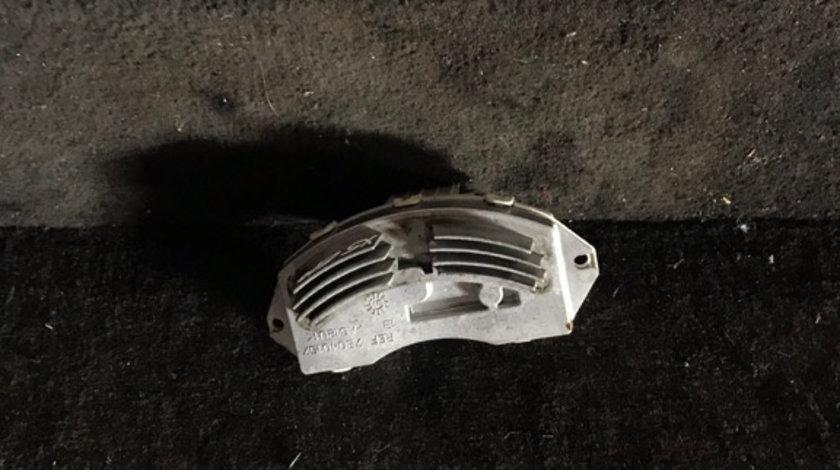 Releu ventilator bord BMW X5 E70 3.0 d 985464