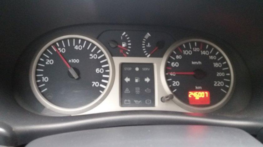 Renault Clio 1,2 16 v 2001