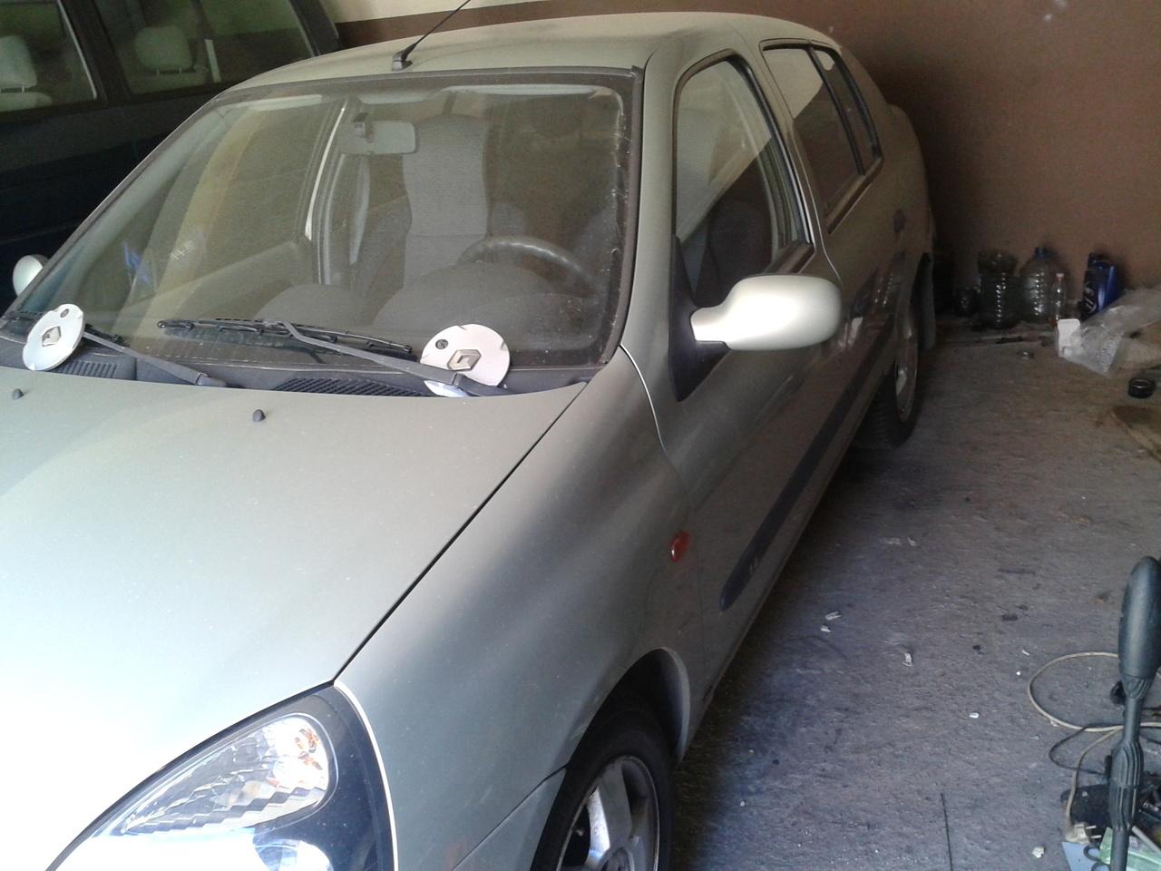 Renault Clio 1.4 Benzina 2002