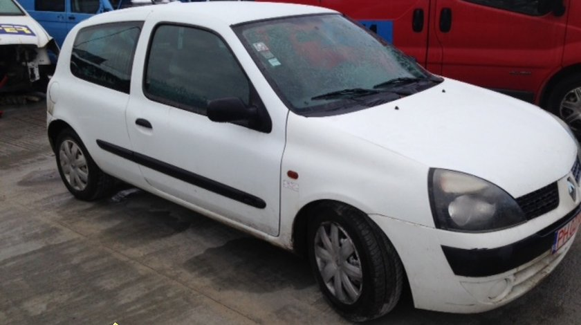 Renault Clio coupe 1 9 dci 2002