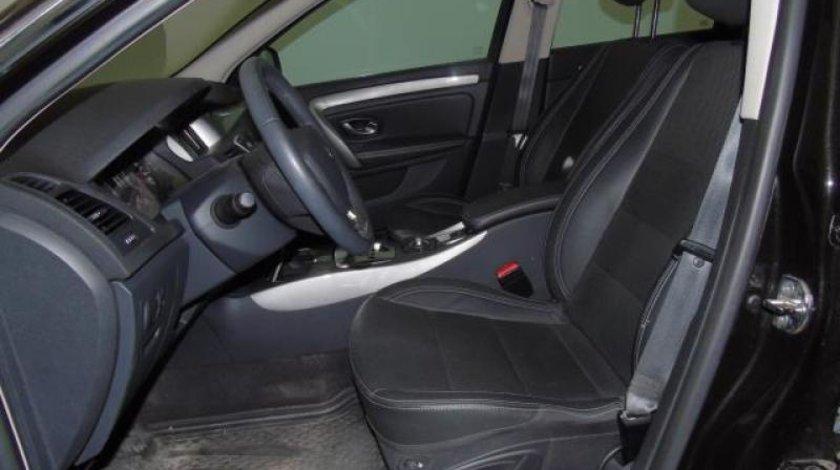 Renault Laguna 2.0 dCi Automatic 6+1 Dynamique Navi 173 CP 2012
