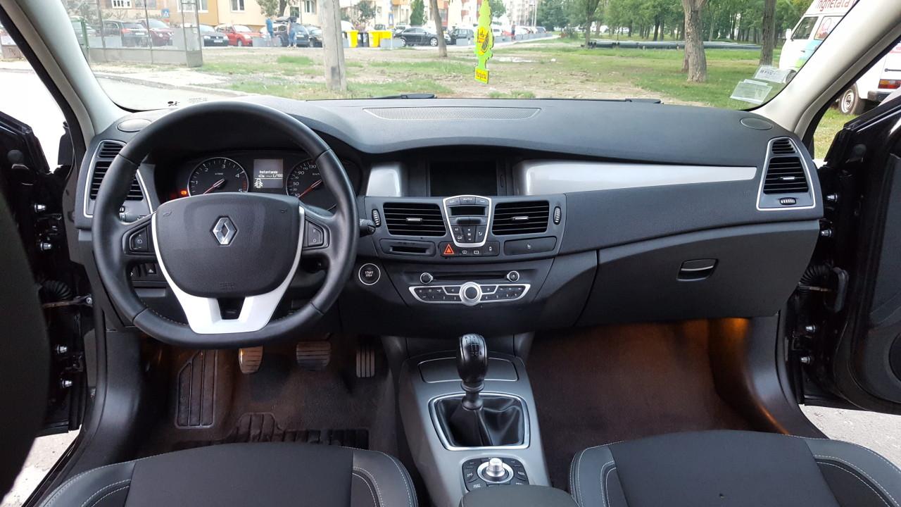 Renault Laguna INITIALE PARIS FULL 2014