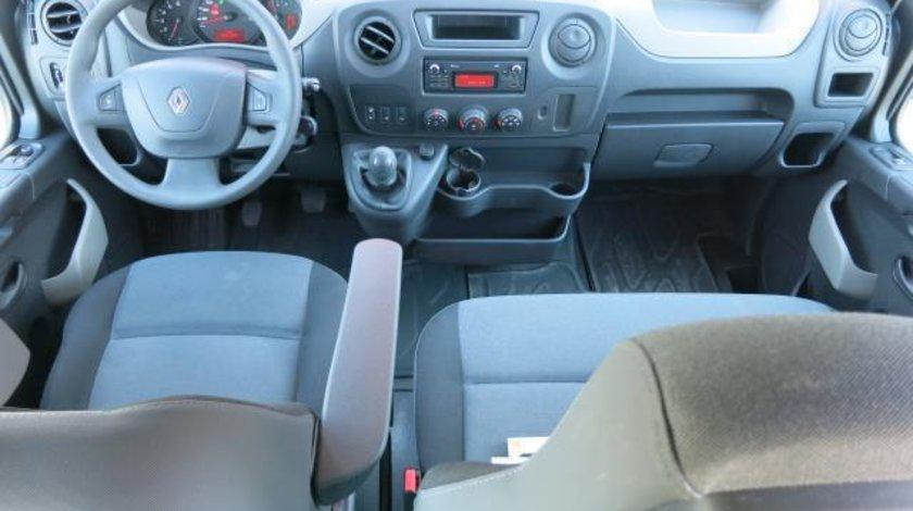 Renault Master Microbuz 8+1 locuri 2.3 dCi 145 CP Energy TT 2016