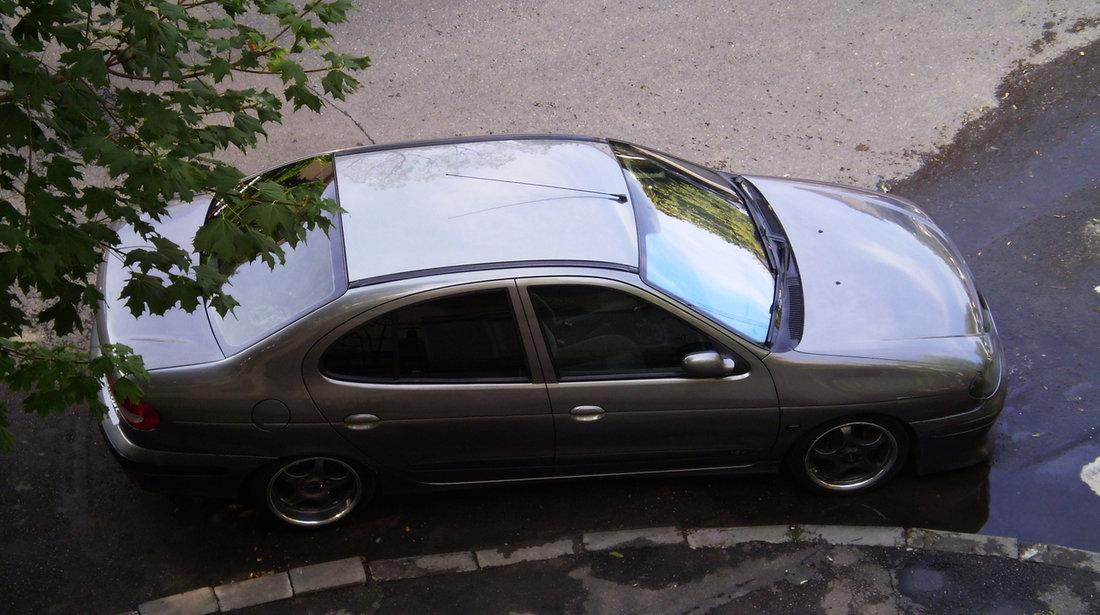 Renault Megane 1.6 16V Expression 2002