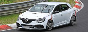 Renault pregateste asaltul. Noul Megane RS Trophy de 300 de cai a fost surprins pe Nurburgring