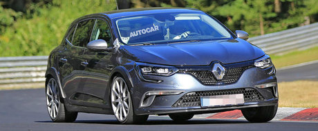 Renault s-a pus serios pe treaba. Francezii au fost surprinsi testand noul Megane RS