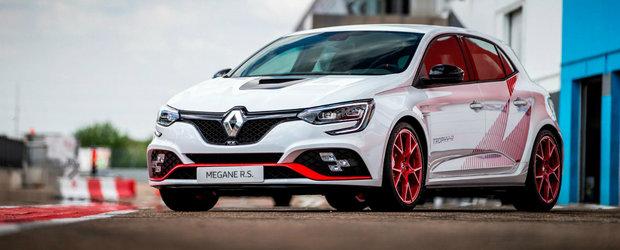 Renault socheaza cu pretul noului Megane RS Trophy-R. Nici n-o sa-ti vina sa crezi cat de mult costa masina franceza