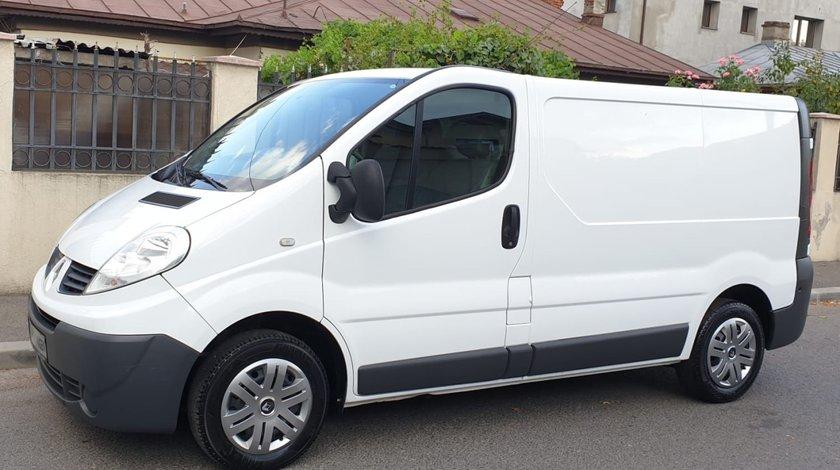 Renault Trafic 2.0 diesel 2012