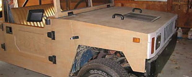 Replica Hummer din lemn