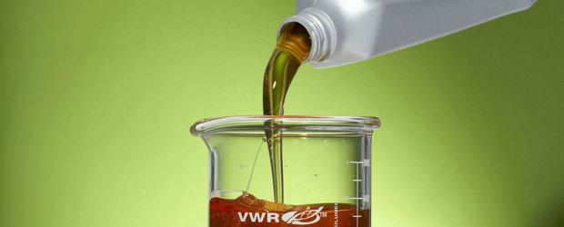 Revolutia uleiurilor de motor: de ce sa NU ne ferim de lubrifiantii foarte subtiri