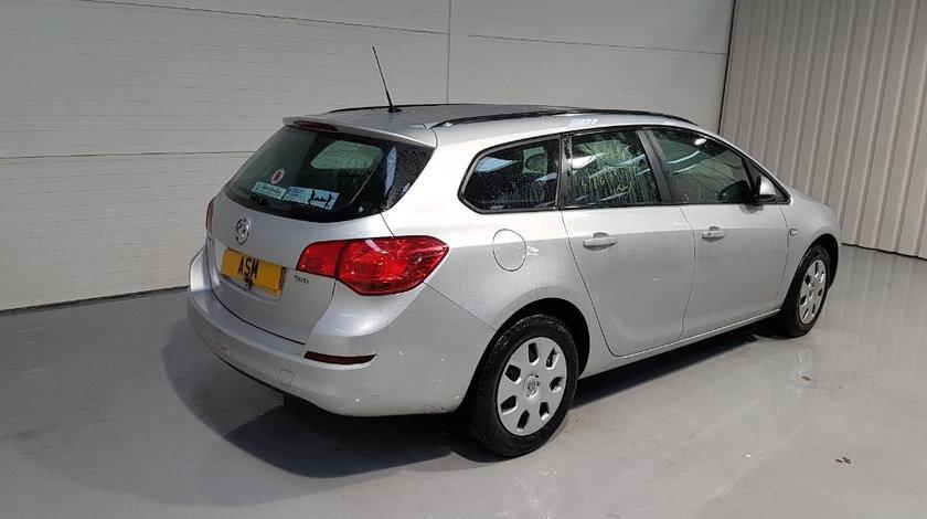 Rezervor Opel Astra J 2011 Break 1.7D
