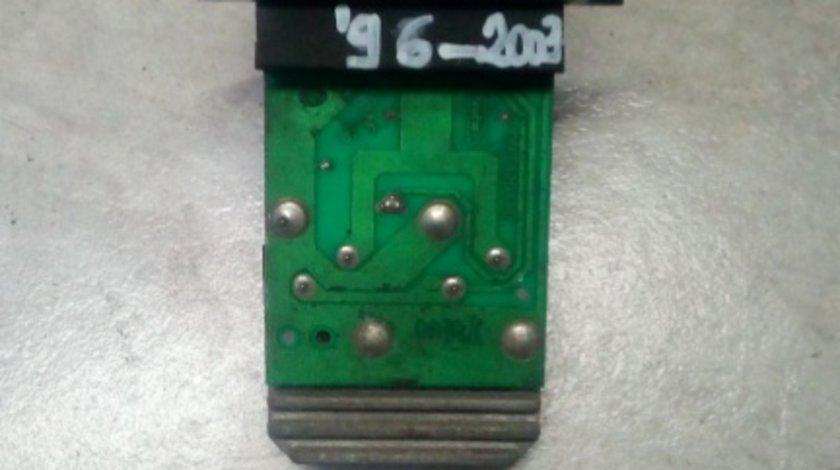 Rezistenta ventilator Renault Scenic 1.6 B cod 73412602 652873N