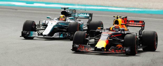 Rezultat surpriza in Malaezia. Max Verstappen a trecut primul linia de sosire, urmat de Hamilton si Ricciardo