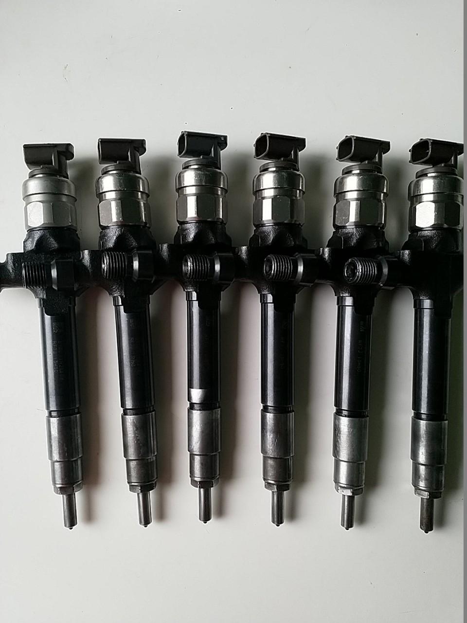 RF8G-13-H50 Injector Denso DCRI107860 Mazda 3 BK Mazda 5 CR19 CD Mazda 6 MZR-CD 2.0