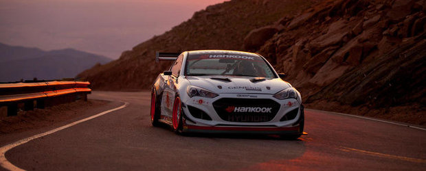 Rhys Millen si Hyundai Genesis Coupe, record absolut la Pikes Peak!