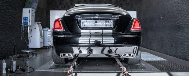 Rolls-Royce Wraith scoate 700 cp pe standul dyno
