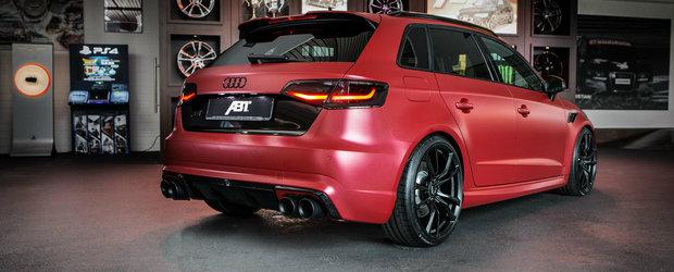 Rosul perlat pare sa fie culoarea ideala pentru Audi-ul RS3