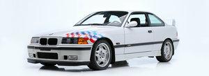 S-au vandut mai multe masini din colectia lui Paul Walker. Vedeta a fost un M3 E36, care s-a dat cu 385.000 de dolari