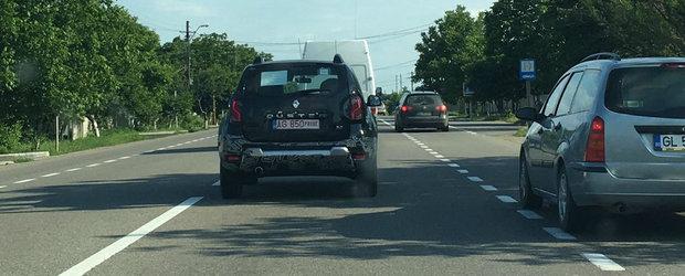 Sa fie oare noua generatie de Duster? Dacia testeaza un Duster cu motor 2.0 pe soselele din Romania