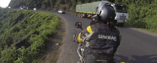 Sa mergi cu motocicleta prin Kenia nu este niciodata o idee buna