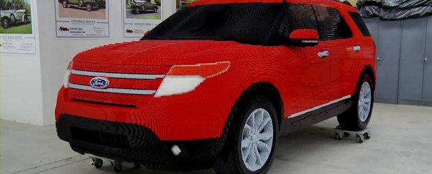 Sa vezi si sa nu crezi: Ford Explorer din piese de LEGO - VIDEO