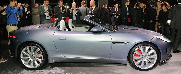 Salonul Auto de la Paris 2012: Jaguar F-Type ni se dezvaluie in toata splendoarea sa