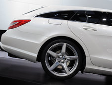 Salonul Auto de la Paris 2012: Mercedes CLS Shooting Brake