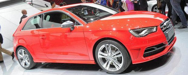 Salonul Auto de la Paris 2012: Noul Audi S3 isi incordeaza muschii in fata camerelor