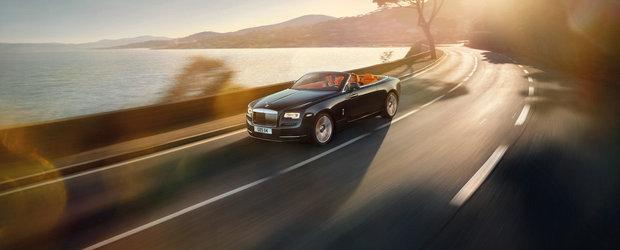 Salonul de la Frankfurt 2015: Rolls-Royce ne seduce cu noua sa decapotabila Dawn