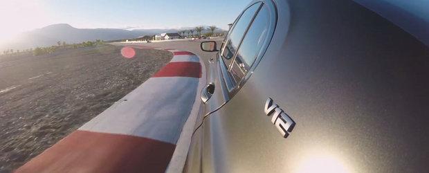 Sase filme cu probabil singura limuzina din lume care se promoveaza pe circuit