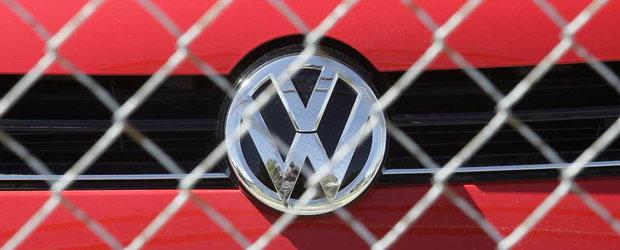 Scandalul Dieselgate continua: unul din actionarii Volkswagen intenteaza proces producatorului german
