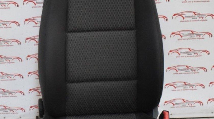 Scaun dreapta electric incalzit Audi A6 4F 458