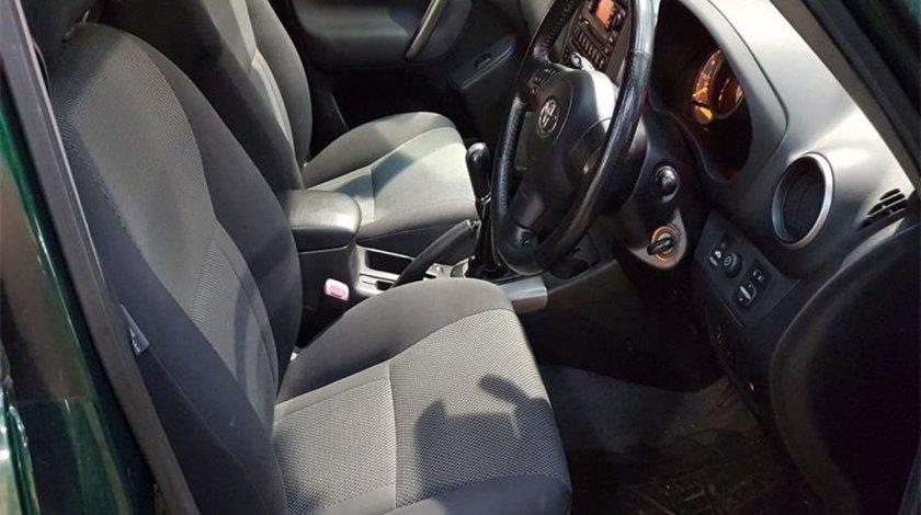 Scaune fata Toyota RAV 4 2004 SUV 2.0D