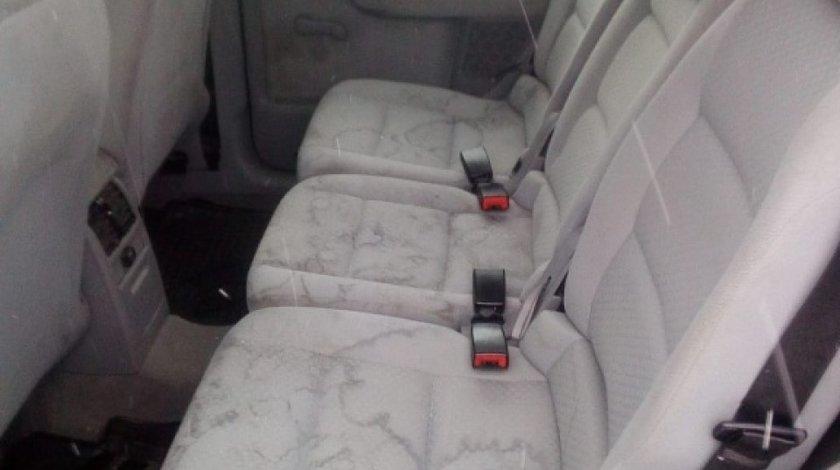 Scaune spate VW Touran 2003 Monovolum 1.9 TDI