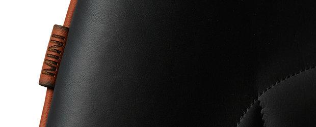 Scaunul Drop, acum cu finisaje marca MINI, realizat de Fritz Hansen