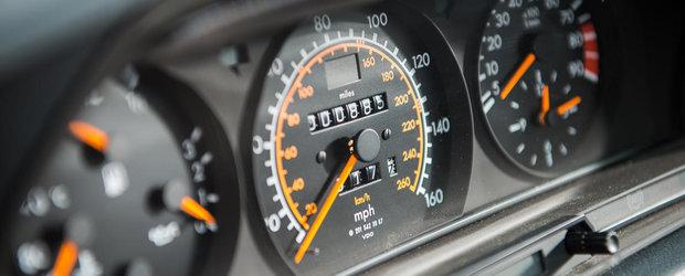 Scoate banii de la saltea si intra in cursa pentru un fabulos Mercedes 190 EVO II
