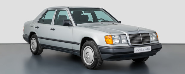 Scos din capsula timpului si pus la vanzare pe internet: Mercedes-ul din '87 cu 955 de kilometri la bord