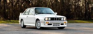 Scos din capsula timpului si pus la vanzare pe internet: BMW-ul M3 de prima generatie cu motor I4 si kilometri putini