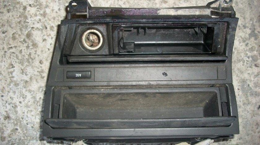 Scrumiera BMW Seria 3 E46