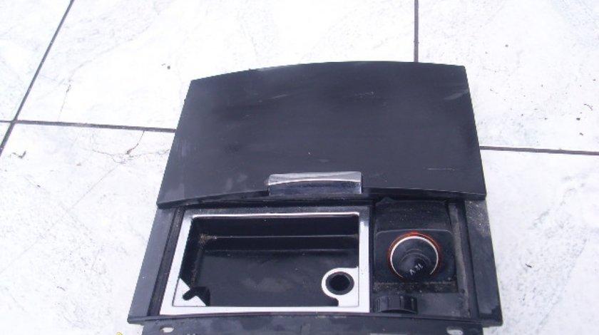 Scrumiera bord VW Touareg