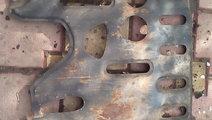 Scut metalic motor  de renault clio 2  sau symbol