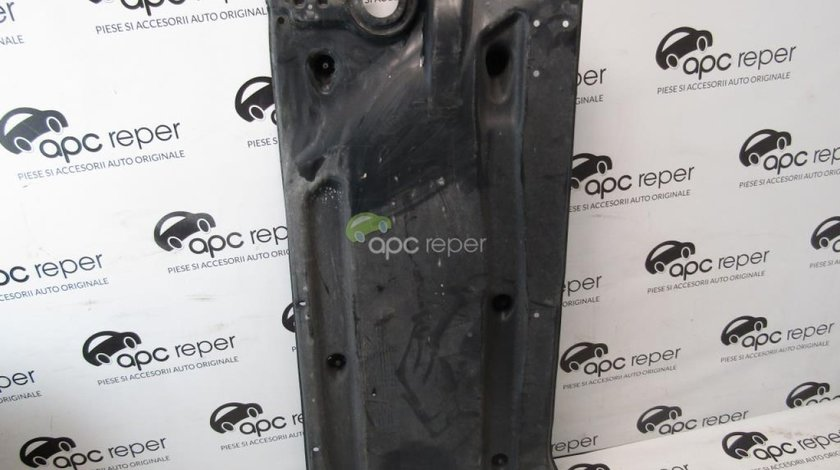 Scut podea Audi A3 8V Sportback 5Q0825201R
