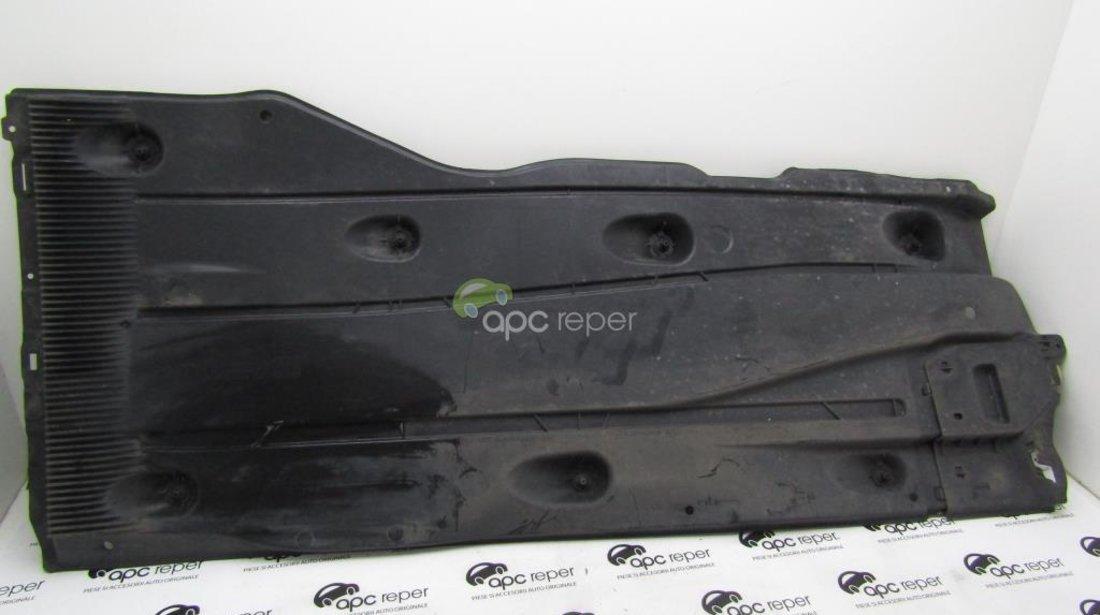 Scut podea dr/stg 5G0825202M/5Q0825201M VW Golf Sportvan 2015 cod motor CRK