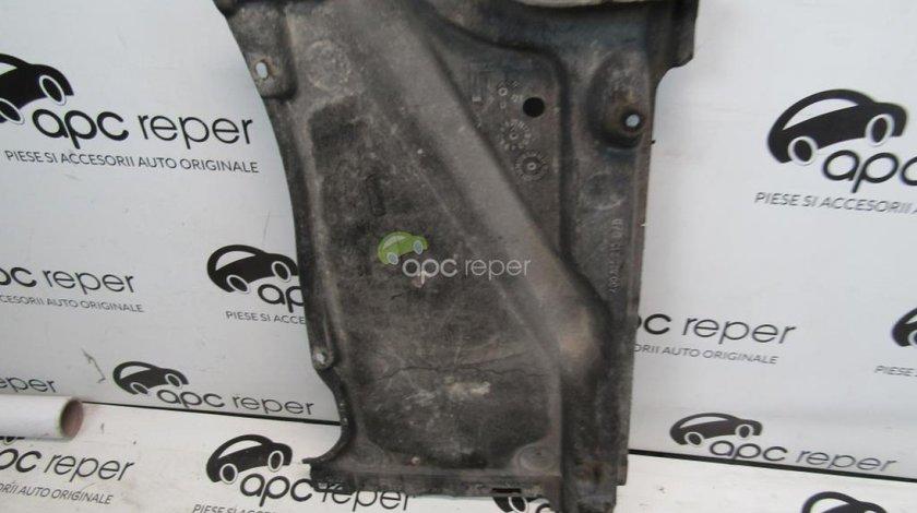 Scut spate stanga Audi A6 4G 2.0 TDI an 2011 cod 4G0825215C/D