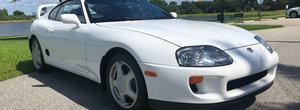Se desparte de ea dupa 25 de ani si numai 16.000 de KM. Pretul pentru care se da aceasta Toyota Supra cu motor twin-turbo