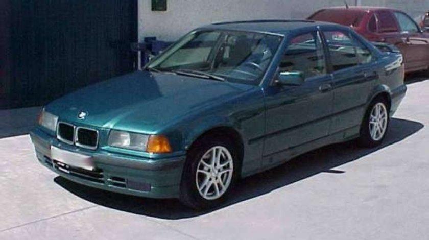 Se Dezmembreaza BMW Seria 3 E36 1.8i