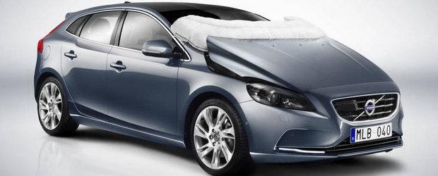 Se implinesc 25 de ani de la aparitia primului Volvo cu airbag