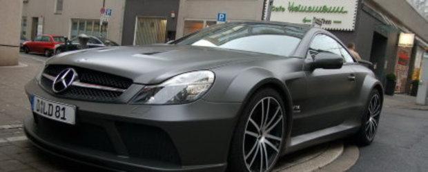 Se-ntampla-n Dusseldorf: Mercedes SL65 AMG (Matte) Black Series